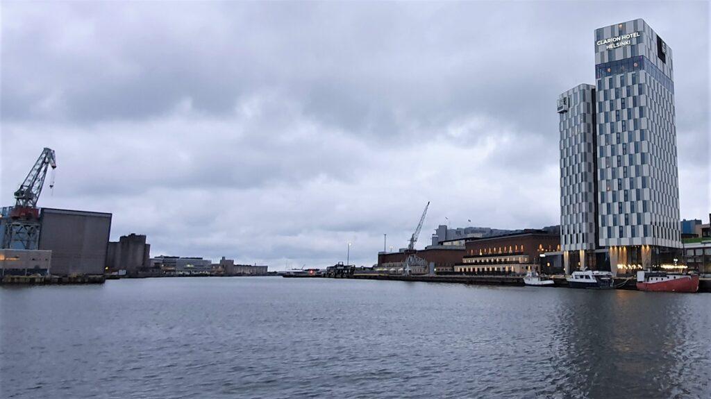 Clarion Hotel Helsinki locatie